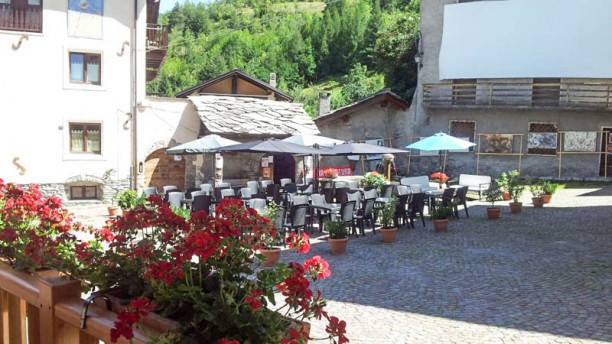 Il Borgo Dehor estivo