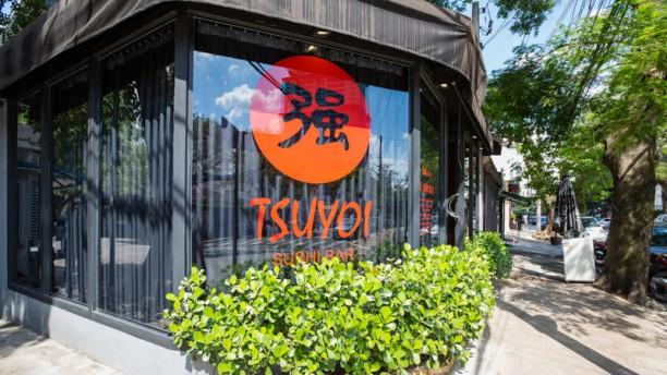 Tsuyoi Sushi Bar Fachada
