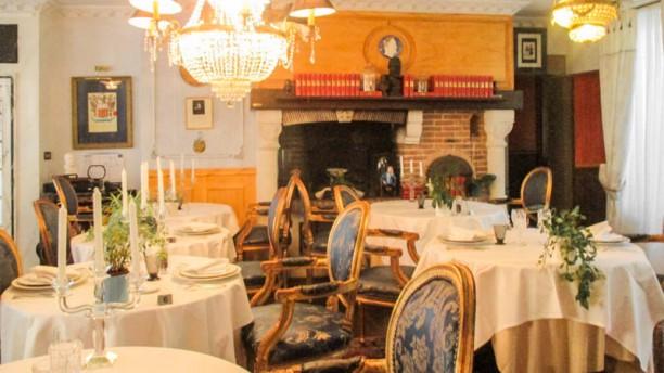 1837 Victor Hugo Vue de la salle