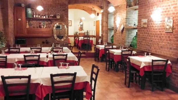 Rosso mattone sala